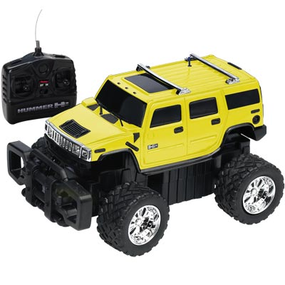 1:20 Scale Hummer H2 - Yellow - FULL FUNCTION RADIO CONTROL photo - Click to see a larger version.